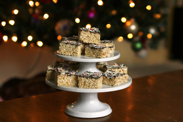 peppermint-bark-rice-krispie-treats