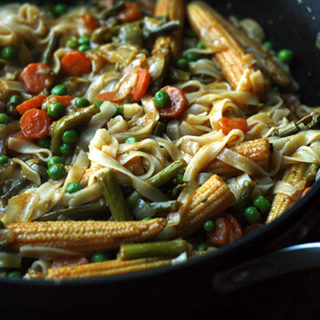 Thai Red Curry with Asparagus