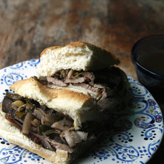 Slow Cooker Tri-Tip French Dip Sandwiches
