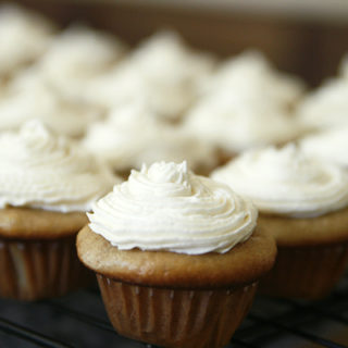 Banana Cinnamon Cupcakes with Creamy Vanilla Frosting