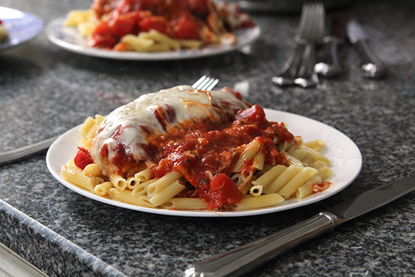 Easy Skillet Chicken Parmesan