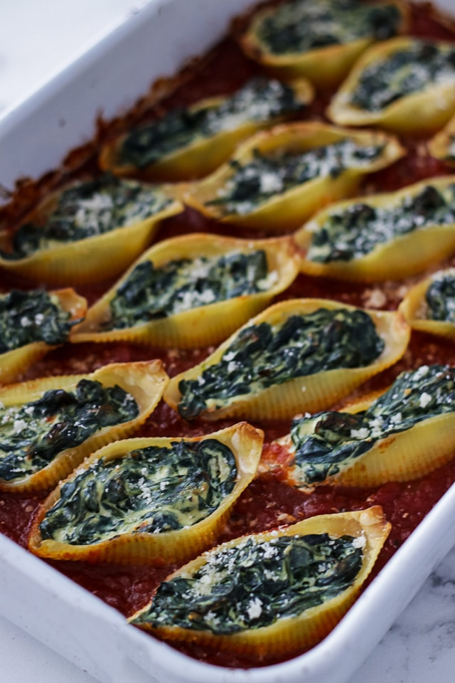 5 Ingredient Spinach and Ricotta Stuffed Shells • Happy Kitchen