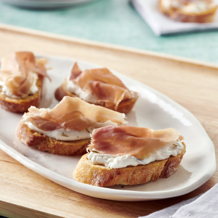 Rosemary Garlic Whipped Ricotta Crostini with Prosciutto