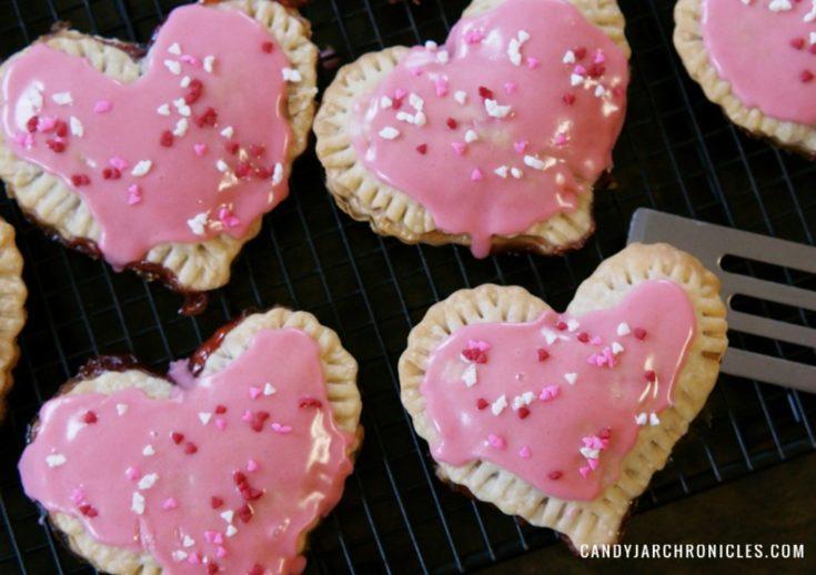 Easy Valentine Pop Tarts