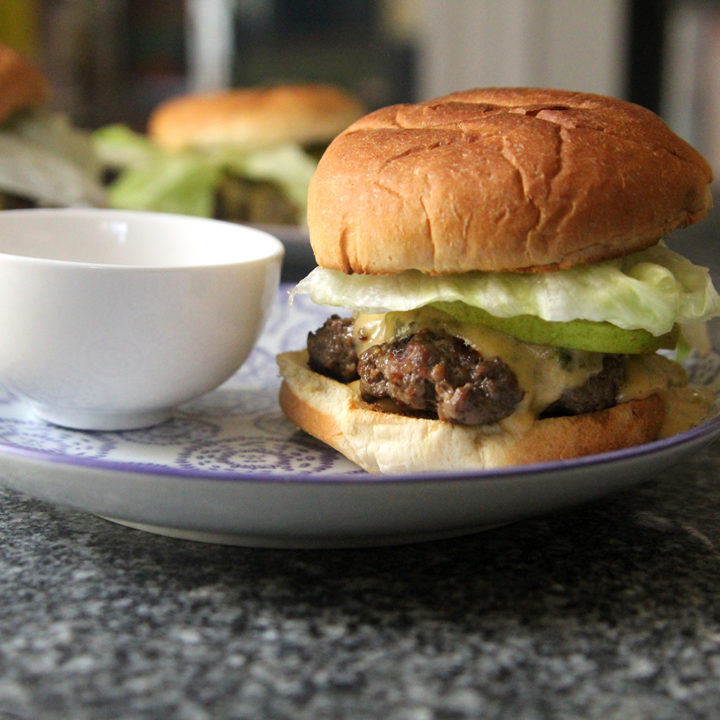 Salt and Pepper Burgers with Poblano Cheese Sauce and Pears